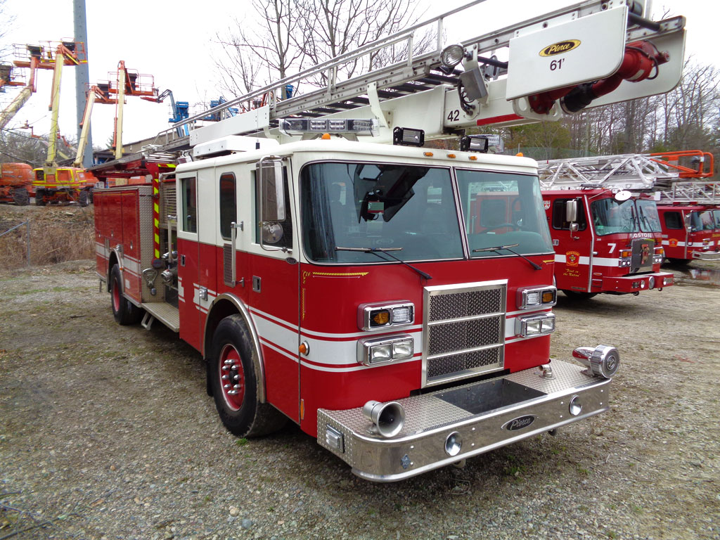 2001 Pierce Lance 61 Skyboom Greenwood Emergency