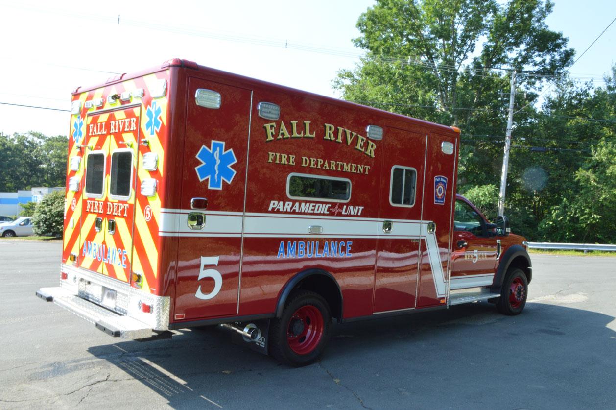 Fall River, MA – (7) Horton Type I Ambulances